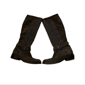 Size 37 Napoleoni Tall Braided Suede Heeled Boots